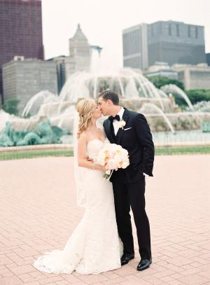 Buckingham Fountain Wedding Photos