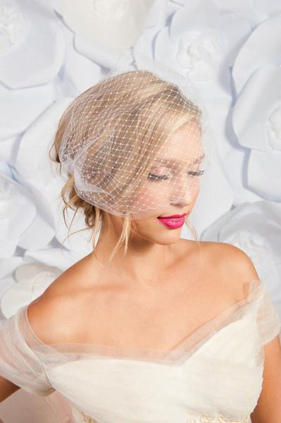 Double layer bandeau birdcage veil 3
