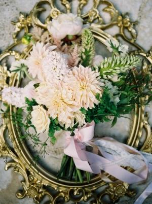 Elegant Garden Bouquet