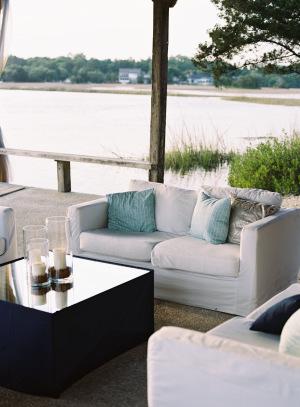 Aqua Lounge Area