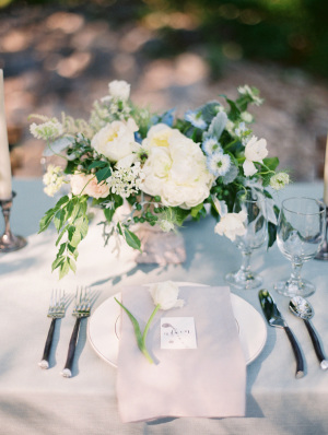 Blue and Gray Wedding Table