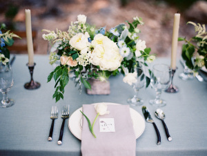Elegant Ivory and Green Centerpiece