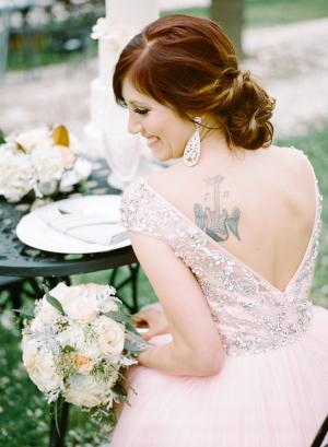Romantic Feminine Garden Wedding Ideas 12