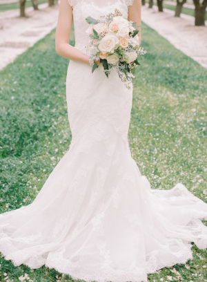 Romantic Feminine Garden Wedding Ideas 4