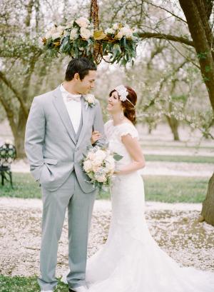 Romantic Feminine Garden Wedding Ideas 8