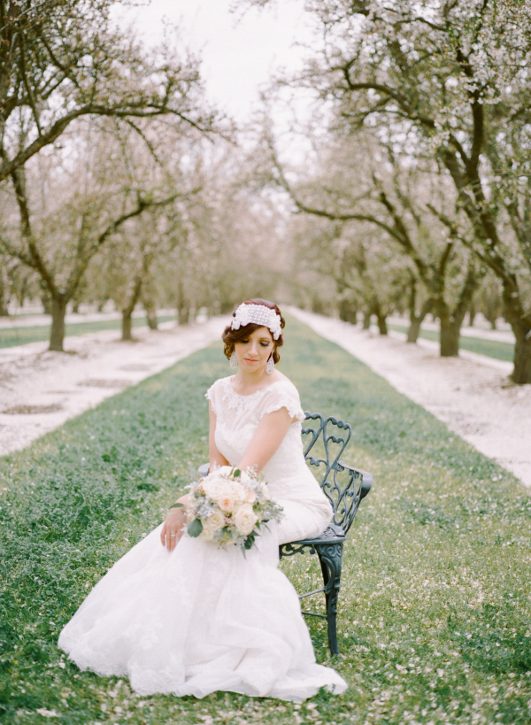 Romantic Feminine Garden Wedding Ideas 9
