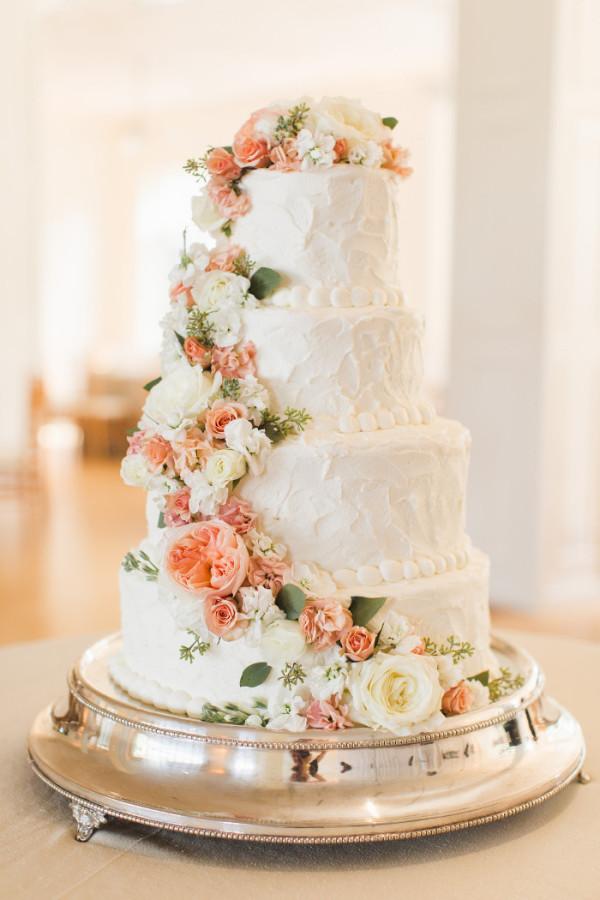 Sweet Elizabeth Cake Designs