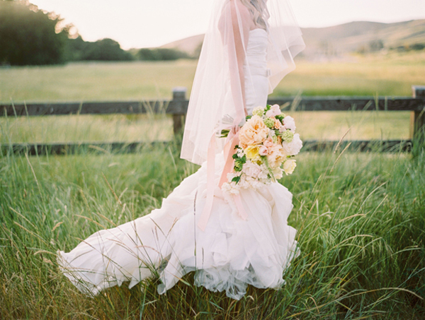 Outdoor Bridal Styling