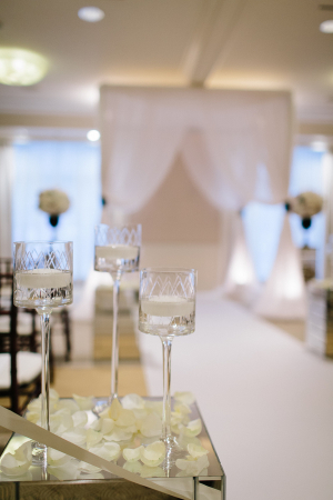 White and Silver Wedding Ceremony