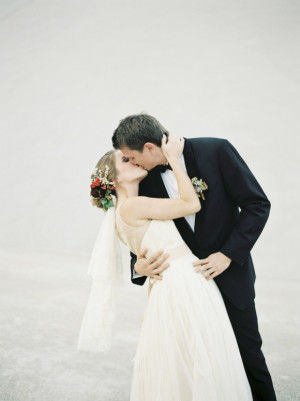 Autumn Bride and Groom Melanie Nedelko Photography