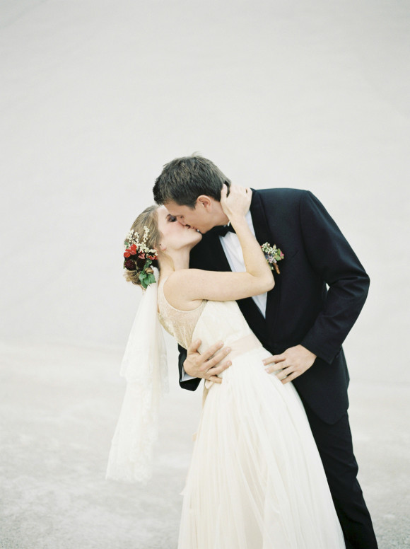 Autumn Bride and Groom Melanie Nedelko Photography