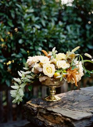 atutumn wedding florals