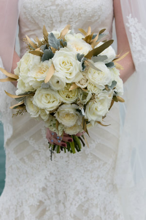Bouquet with Amber Leaves