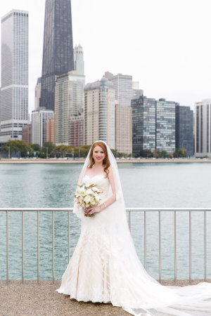 Bride with Chicago Skyline