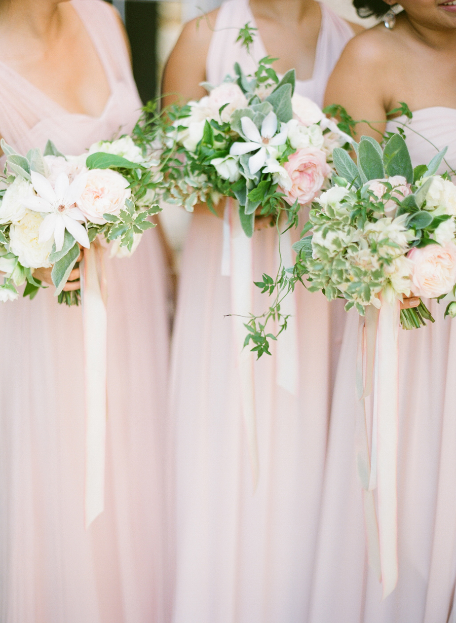 Bridesmaids With Ribbon Tied Bouquets Elizabeth Anne