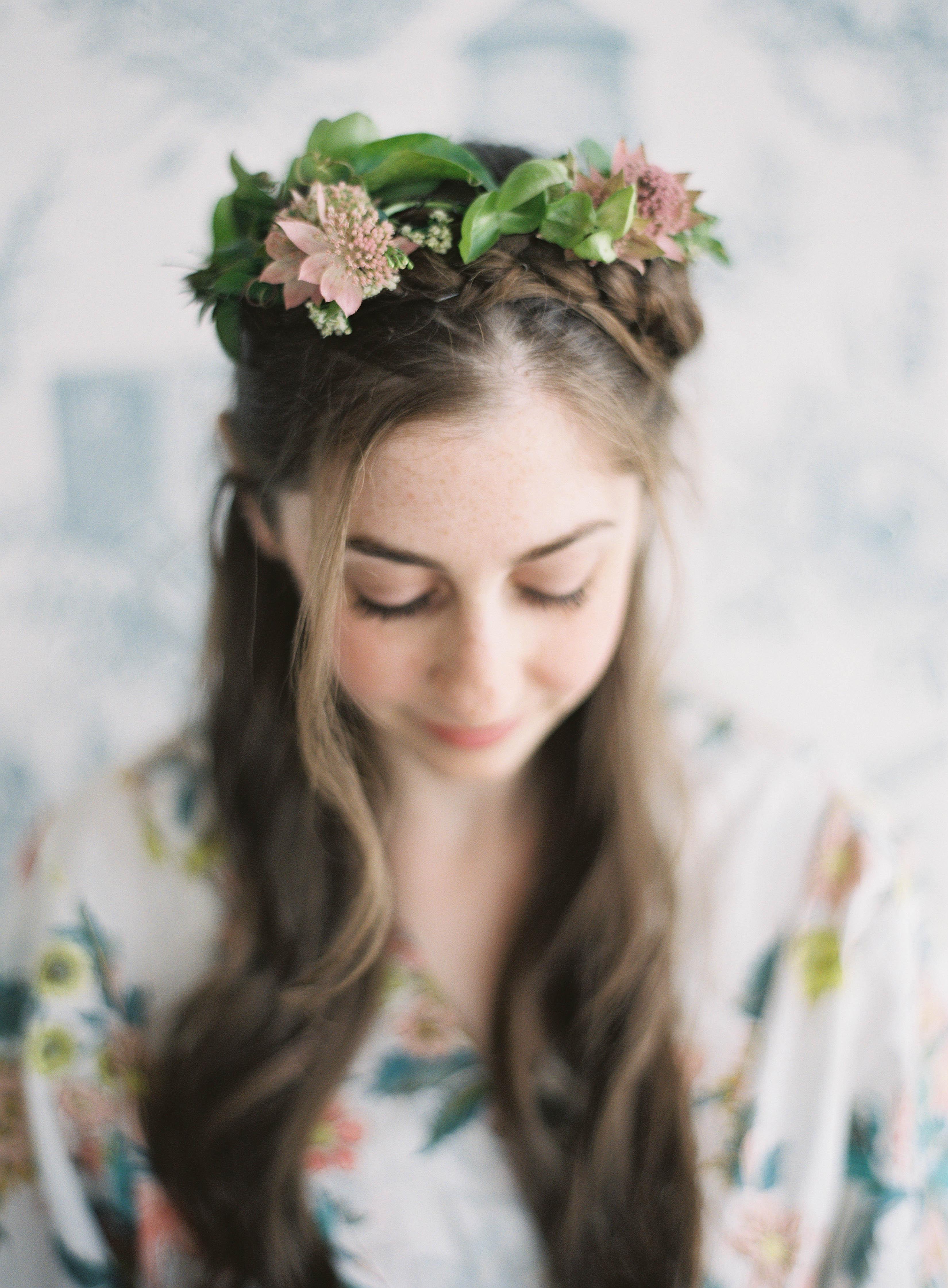 Flower crown for bride elizabeth anne designs the wedding blog flower crown for bride izmirmasajfo