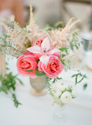 Hot Pink Roses in Bud Vase