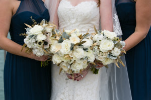 Ivory Bridesmaids Bouquets