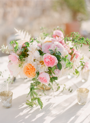 Pale Peach and Pink Centerpiece