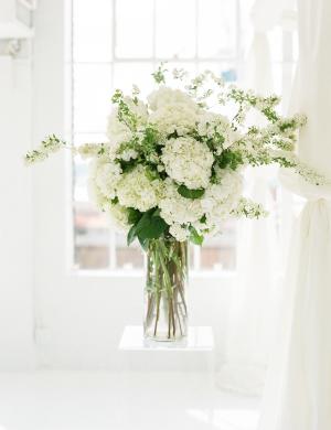White Long Stemmed Floral Arrangements
