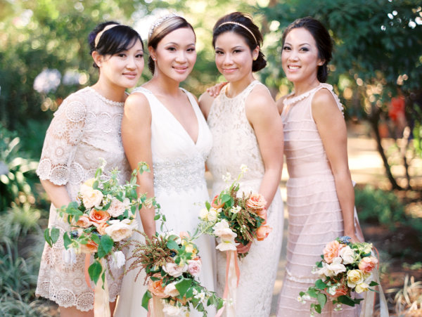 Pink Bridesmaids Dresses with Bouquets