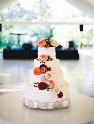 Wedding Cake with Flowers in Red