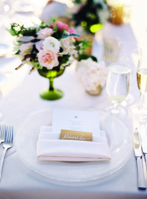 White and Pale Pink Wedding Table