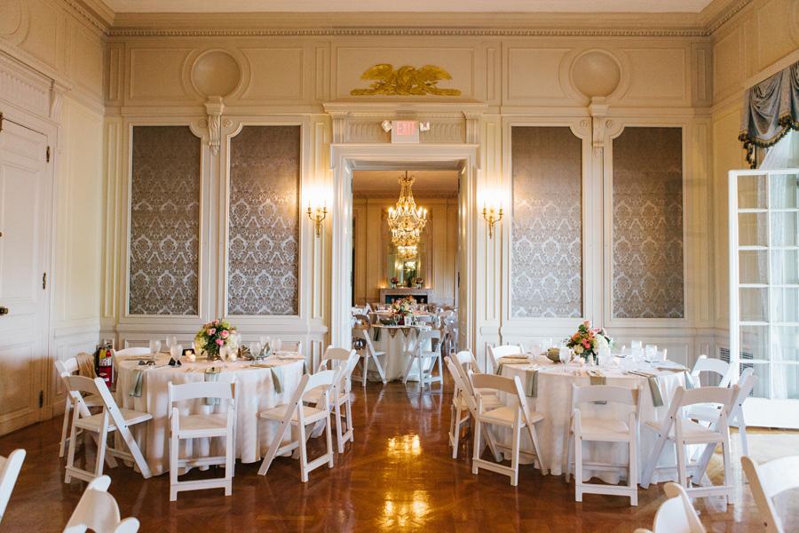 Casual Mansion Wedding Reception Elizabeth Anne Designs The