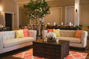 Wedding Lounge in Peach