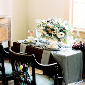 Elegant Blue and Brown Wedding Table