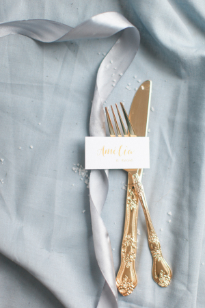 Place Card in Yellow Gold Calligraphy