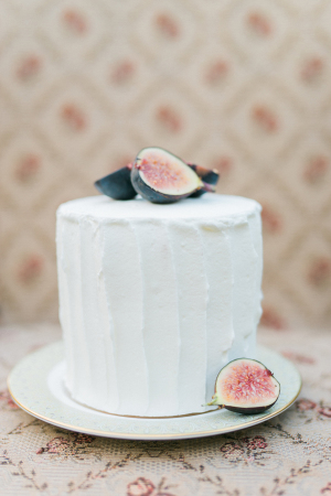 Simple Cake with Figs