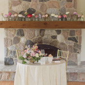 Sweetheart Table in Pastel Colors