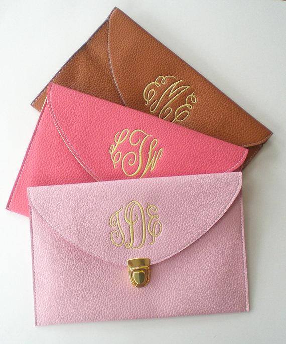 Happilyeverafterxoxo Monogram Clutch Purse Elizabeth Anne Designs The Wedding Blog