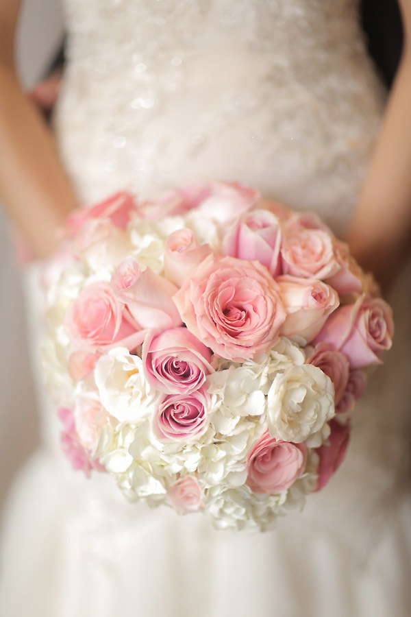 Pink And White Rose Bouquet Elizabeth Anne Designs The
