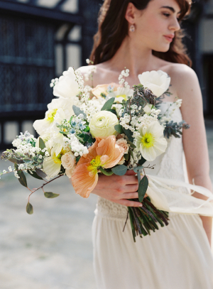 Bride with Yellow and Apricot Bouquet