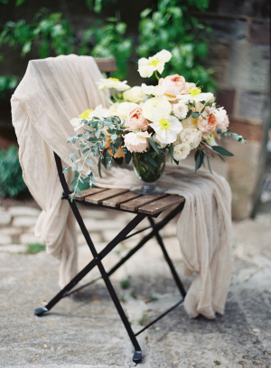 Centerpiece in Blush and Apricot