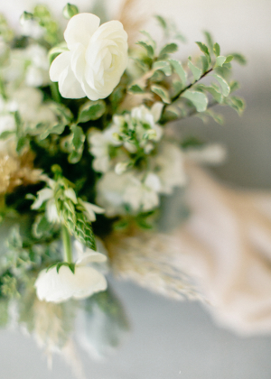 Green and Snow White Wedding Flowers
