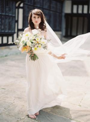 Laure de Sagazan Wedding Gown