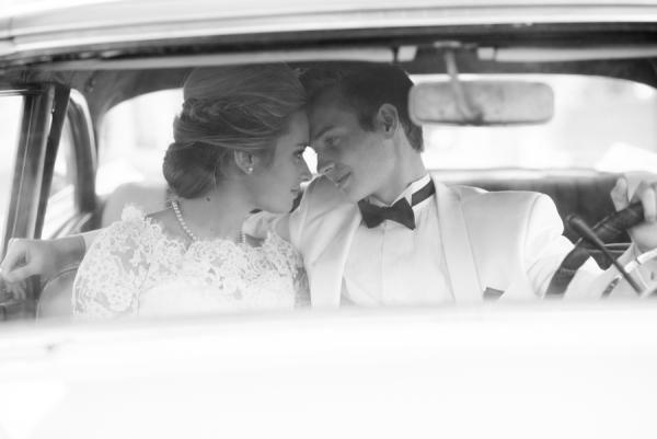 Bride and Groom in Vintage Car1