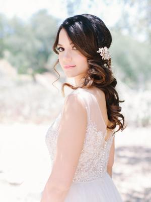 Bride in Watters Kaliah