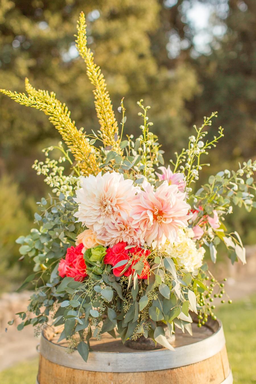Pink dahlia flower arrangement elizabeth anne designs the wedding pink dahlia flower arrangement izmirmasajfo