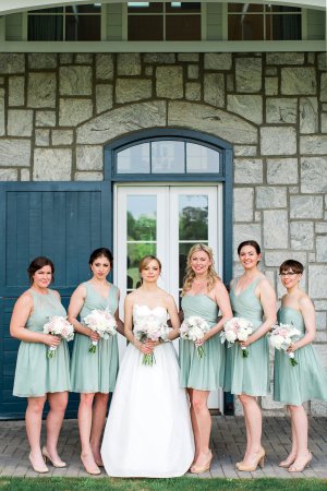 Bridesmaids in Mint Dresses 2