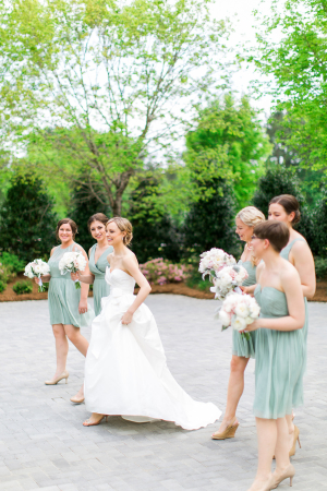 Bridesmaids in Mint Dresses