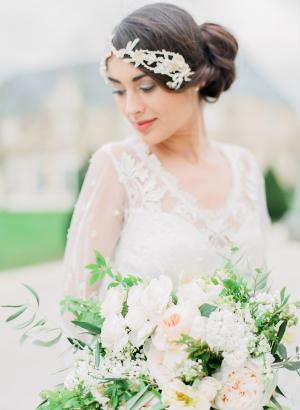 Elegant Bride with Pale Bouquet