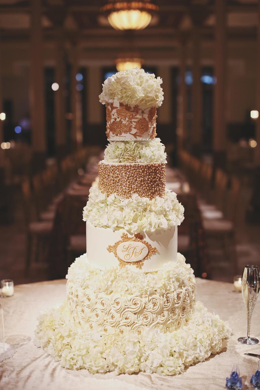 Elegant Gold And White Wedding Cake Elizabeth Anne