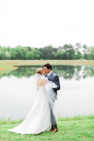 Foxhall Resort Wedding Rustic White Photography 11