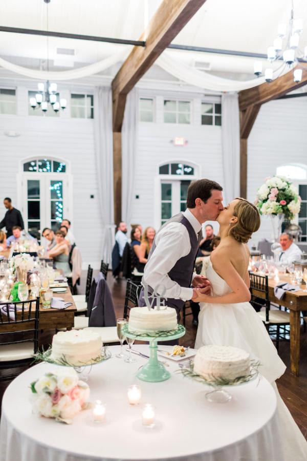 Foxhall Resort Wedding Rustic White Photography 16