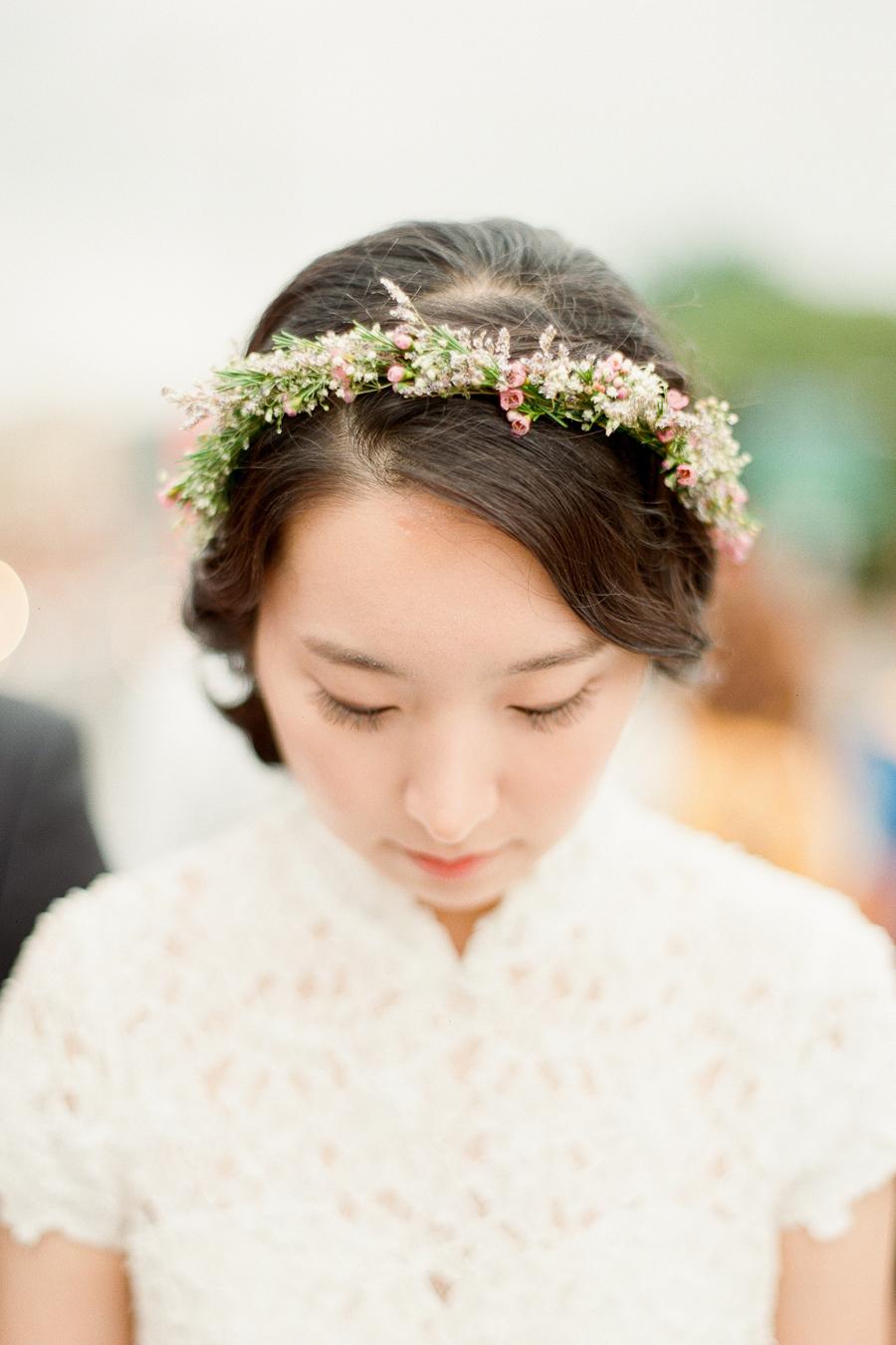 Fresh flower crown for bride elizabeth anne designs the wedding blog fresh flower crown for bride izmirmasajfo