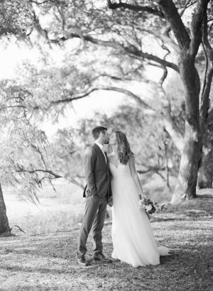 Kiss Under Mossy Oak Trees